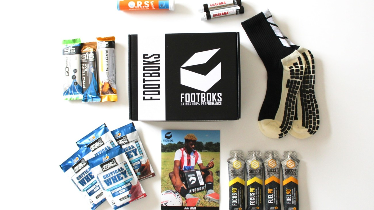 PACKS AND FOOTBALL BOXES